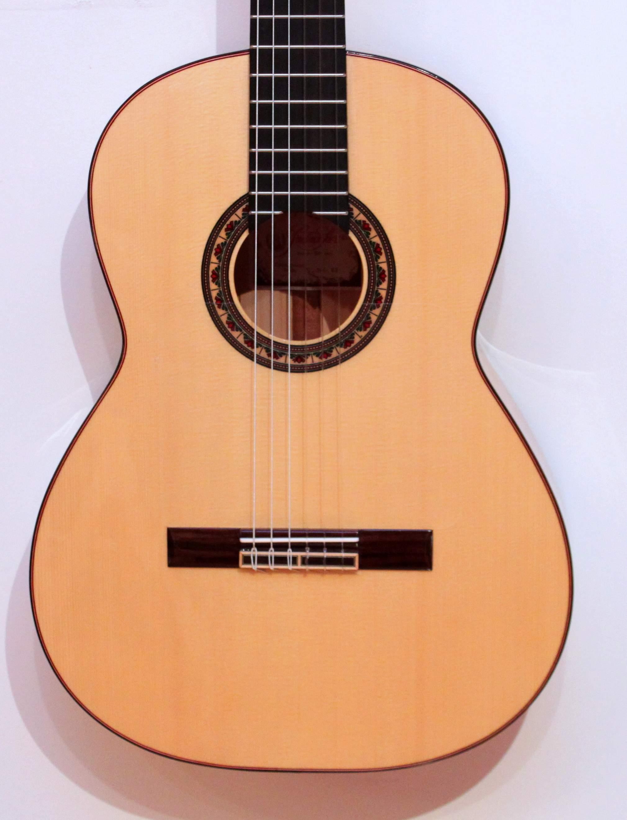 Prudencio Saez 22 Flamenca Blanca