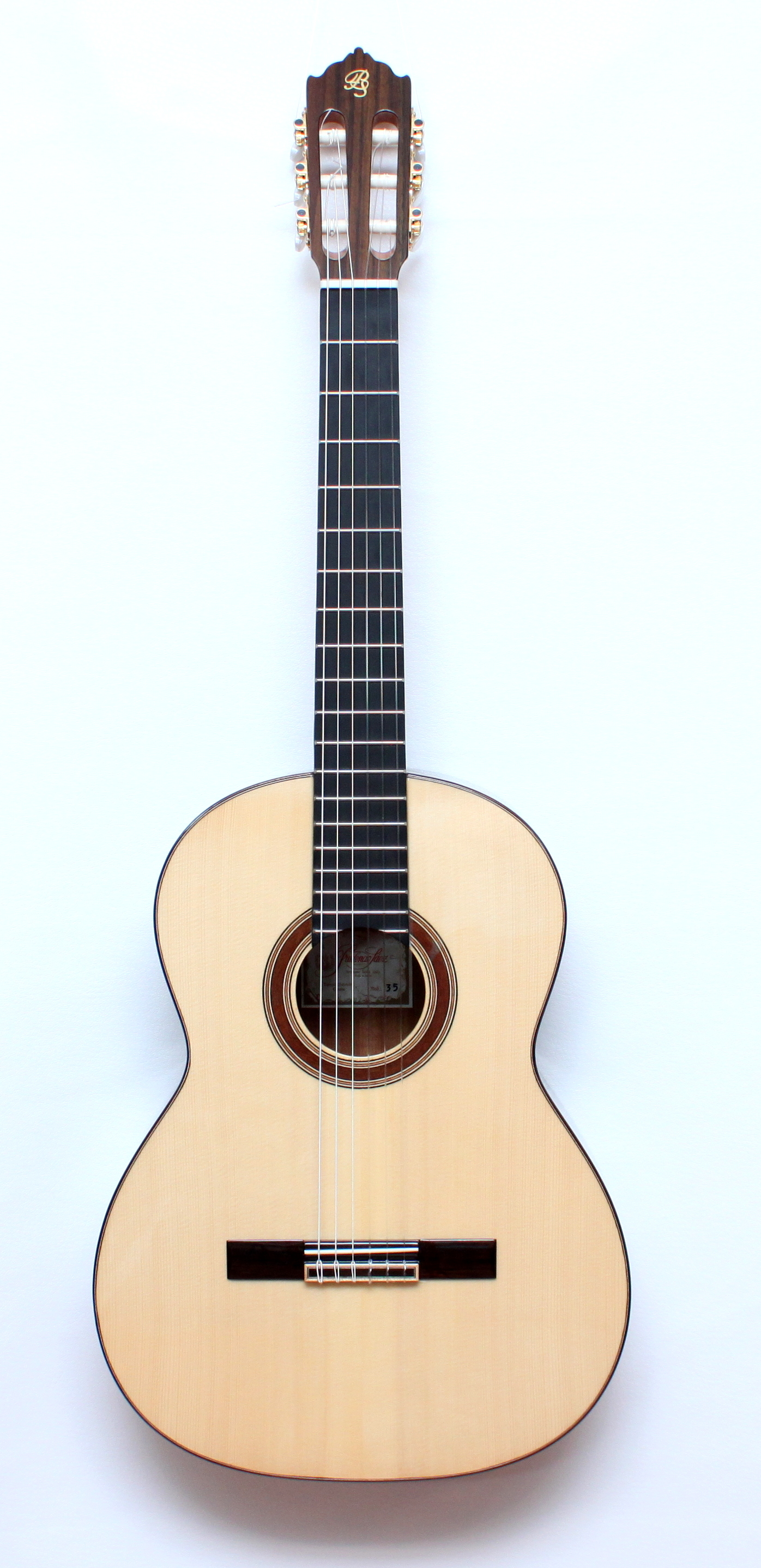 Prudencio Saez  35 Green Ebony